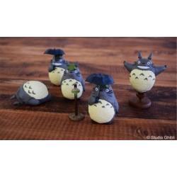 Mi vecino Totoro Minifiguras Totoro 1 5 cm Expositor (6) - Imagen 1