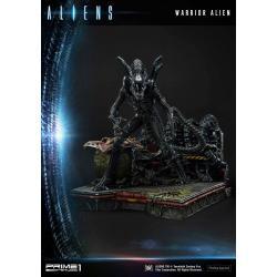 Aliens Premium Masterline Series Estatua Warrior Alien 67 cm - Imagen 1